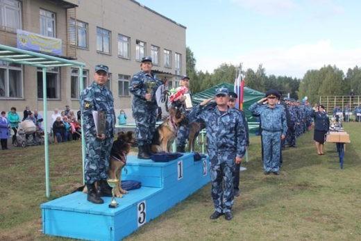В Башкортостан приедут специалисты-кинологи со служебными собаками со всей России